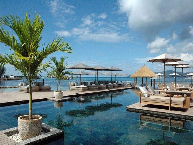 Остров Ла-Диг на фото