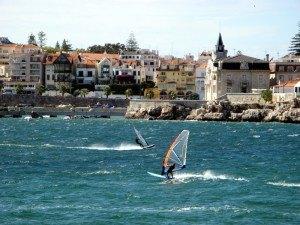 Отдых на пляже Лиссабонской