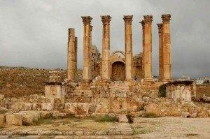 Руины храма Артемиды в Эфесе
