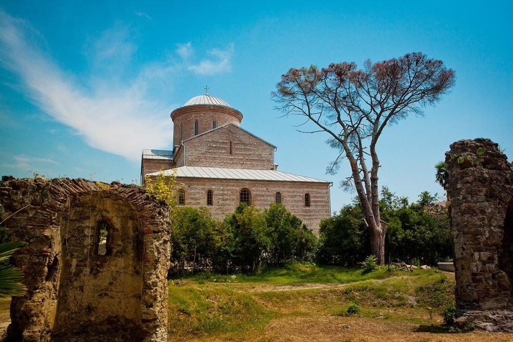 храм в Лыхны