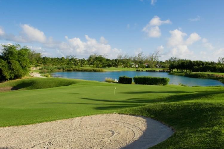 Барбадосе гольф