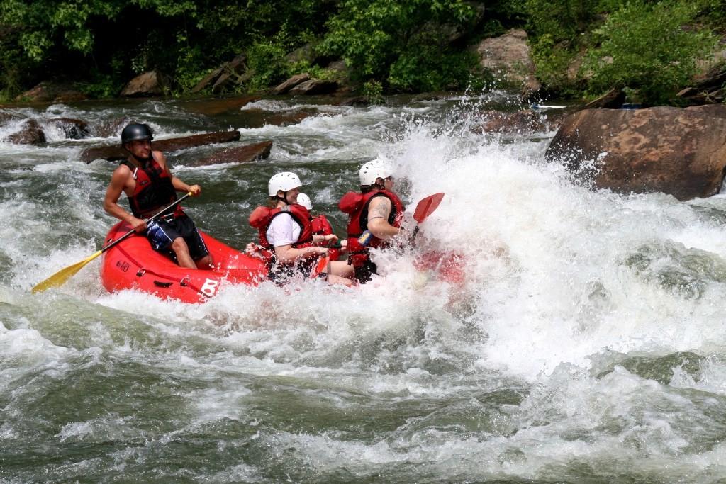 Рафтинг на реке Пхо-Чу