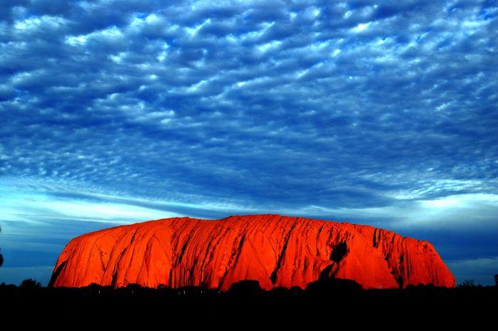 Улуру — Красная скала